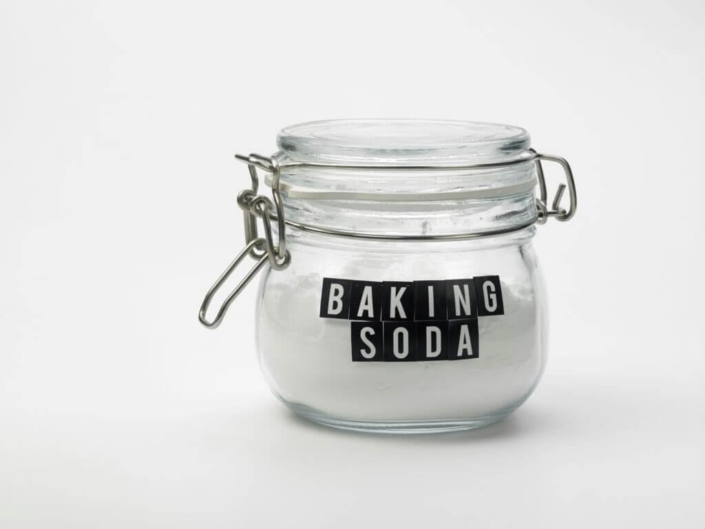 bicarbonate soda for strip hair colour