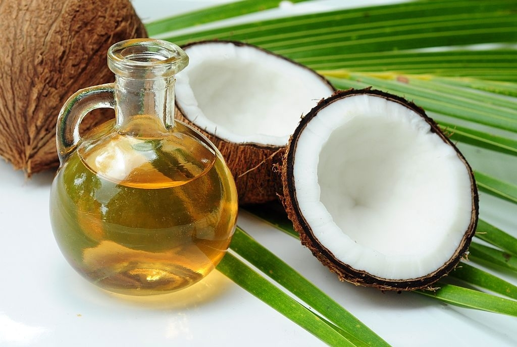 Coconut oil - Natural Ways to Improve Your Hair Texture