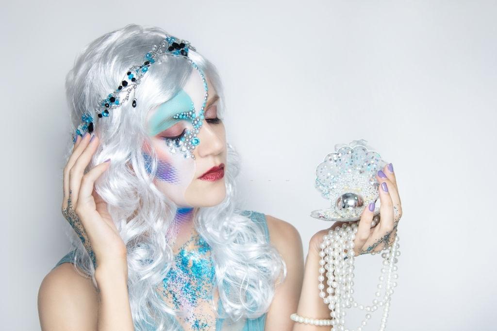 millennial mermaid - Halloween Hair Colour Ideas
