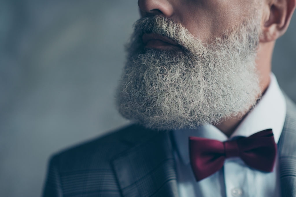Defining your sideburns